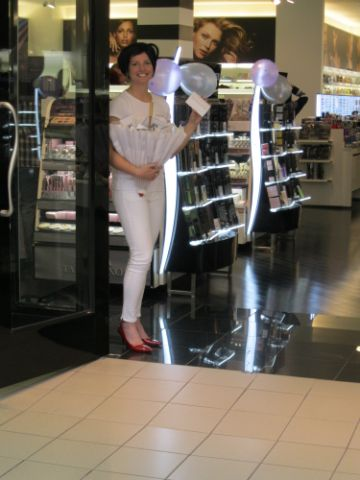 April_2011_-_Shiseido_-_Vancouver,_BC_2