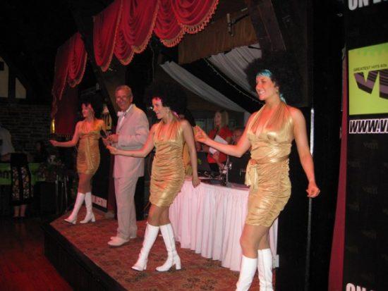 June_2011-_Vinyl_95.3_Dance_PartyToronto_4_